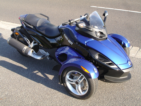 Can-Am Spyder Roadster df