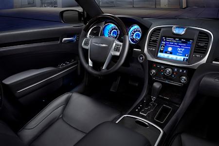 Chrysler 300C 2011 4