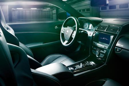 Jaguar XKR-S 07 lt