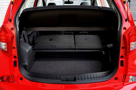 Subaru Trezia3