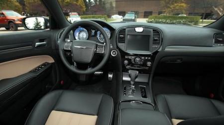 Chrysler 300S Innenraum