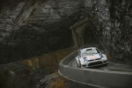 Sébastien Ogier/Julien Ingrassia (F/F), Volkswagen Polo R WRC . Foto: VWM