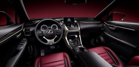 Lexus NX SUV Innenraum