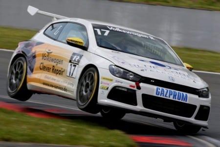 Jordan Lee Pepper (ZA) im VW Scirocco Cup Auto