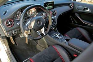 Mercedes-AMG A45 4MATIC Tuning Innenraum