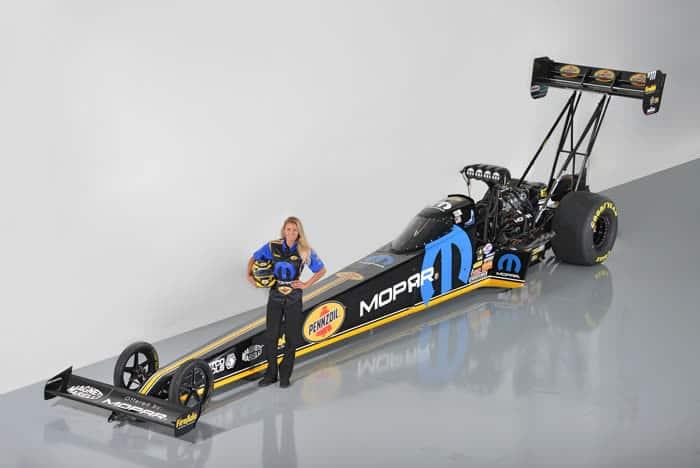 Leah Pritchett mit Mopar/Pennzoil NHRA Top Fuel Dragster