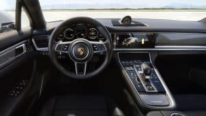 Porsche Panamera Turbo S E-Hybrid Innenraum