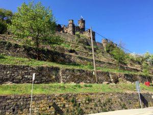 Rhein Motorradtour-Burg Reichenstein