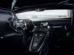 Mercedes-AMG GT4 Innenraum