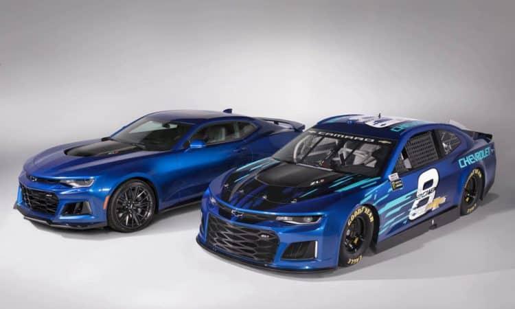 Chevrolet-Camaro-ZL1-NASCAR