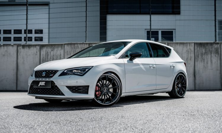370ps f r seat leon st cupra 300 carbon edition autodino. Black Bedroom Furniture Sets. Home Design Ideas