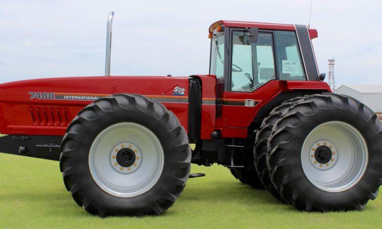 Traktor 1985 IHC 7488 Lot S47