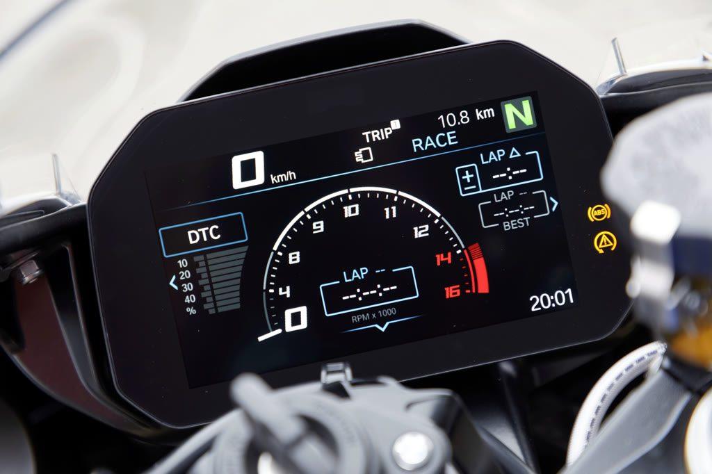 Neue BMW S 1000 RR Tacho Armaturen