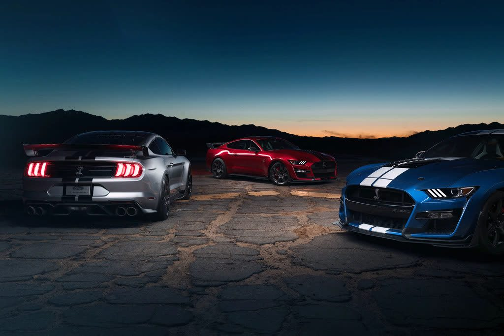 Ford Shelby GT500 Carbon Fiber Track Package