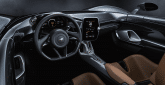 McLaren Elva Innenraum