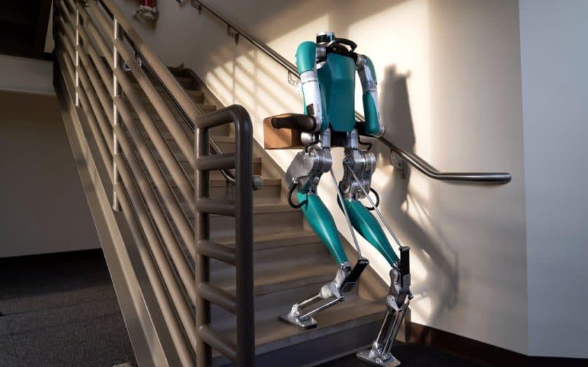 Roboter Digit 001