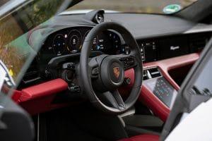 Porsche Taycan Turbo S Test Innenraum
