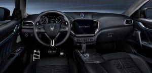 Maserati Ghibli Hybrid Innenraum