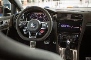 Golf GTE HyRACER Innenraum