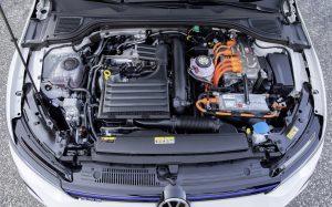 VW Golf GTE Motor