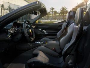 Ferrari SF90 Spider Innenraum