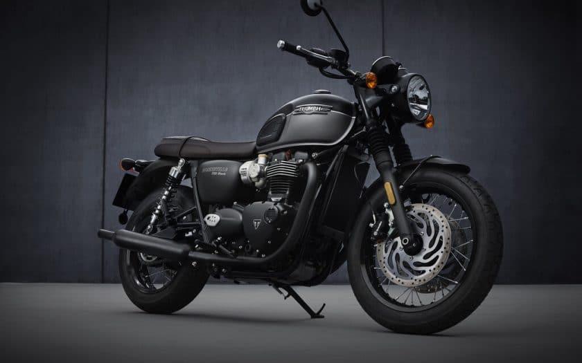 Triumph Bonneville T120 Black.