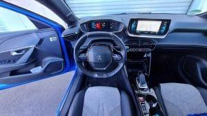 Peugeot e-208 GT Pack Innenraum