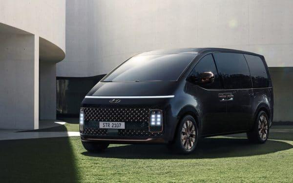 Hyundai Staria Van