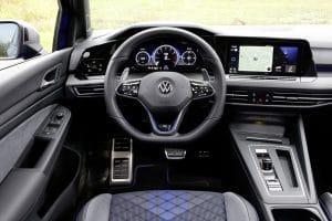VW Golf R Variant Innenraum