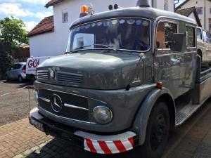 Mercedes Benz Oldtimer LKW 1113